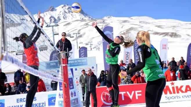 Зимният волейбол се приближава до България