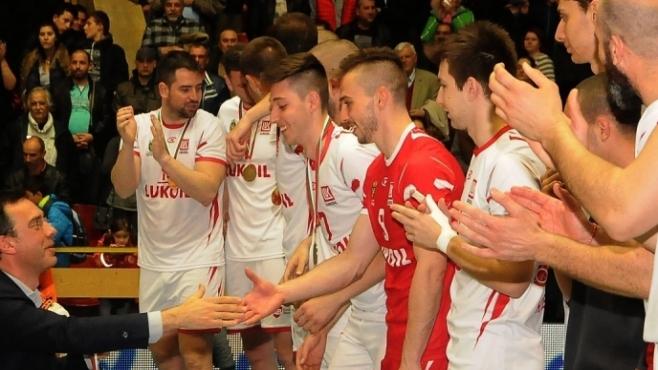 Церемония по награждаване на новите шампиони в Суперлигата (Видео)