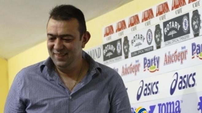 Сашо Везенков вбеси и мениджъра на Марек