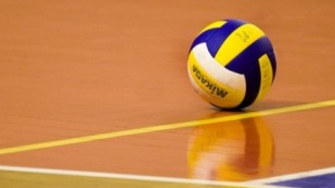 Ретро волейбол: Сервис от голямо разстояние (Видео)