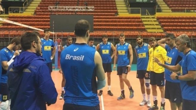 Бразилия си връща звезди за двубоя с България