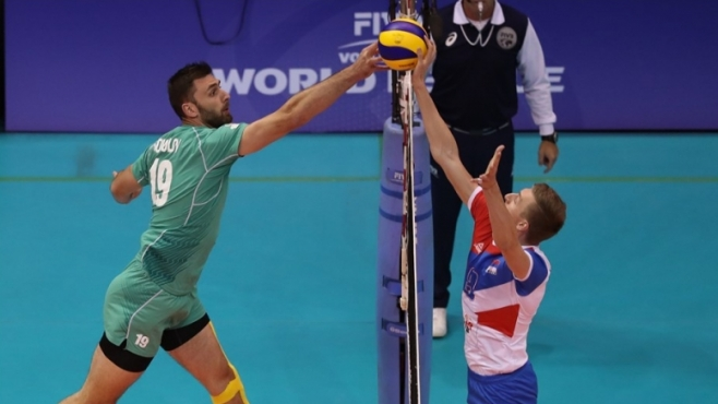България остава в играта след нов успех в Световната лига