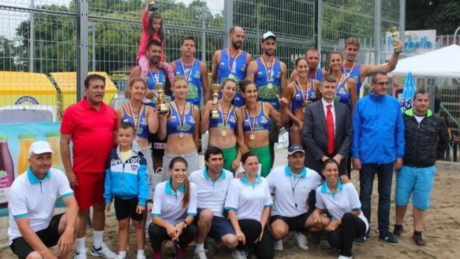 Фотогалерия от Националната верига по плажен волейбол в Пловдив