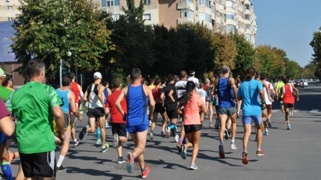 Как да тренираме бягане в жегата