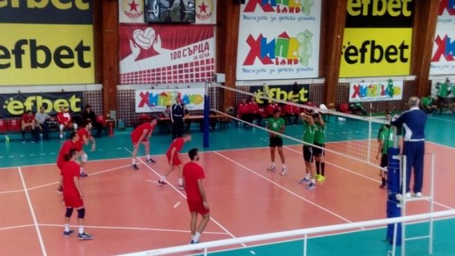 ЦСКА загуби от Алжир в контролна среща