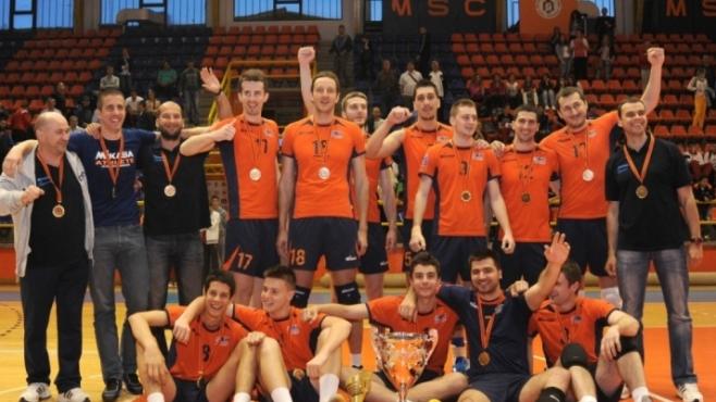Черногорски гранд слиза от волейболната сцена