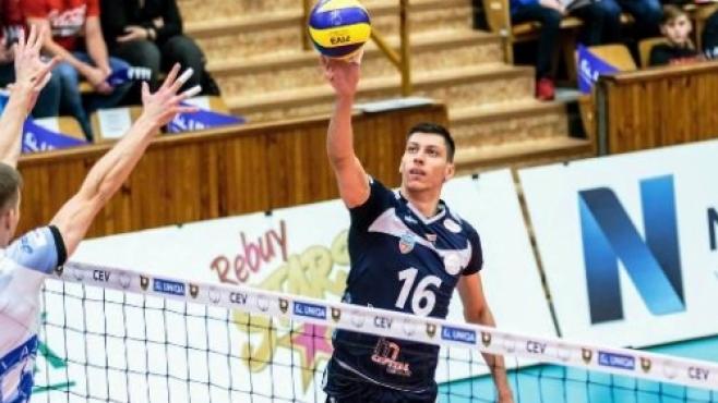 Страхотен Жани Желязков с 19 точки в малшанс за Аркада