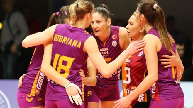 Доби Рабаджиева и Хриси Русева с първа победа в ШЛ
