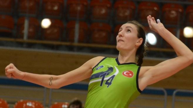Еми Димитрова и Бурса на 1/8-финали за Купата на претендентите