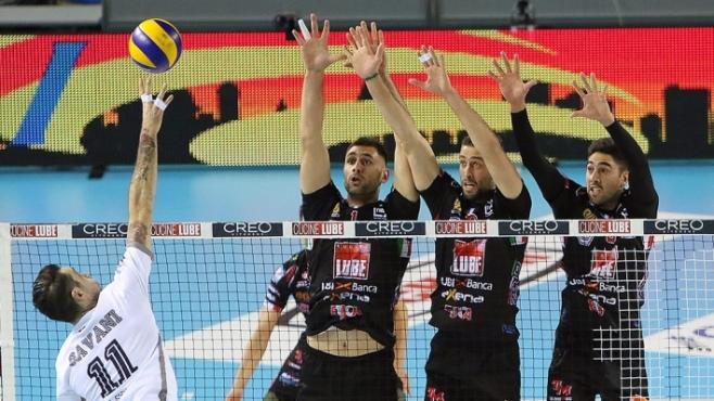 Цецо Соколов MVP, Лубе без грешка срещу Латина