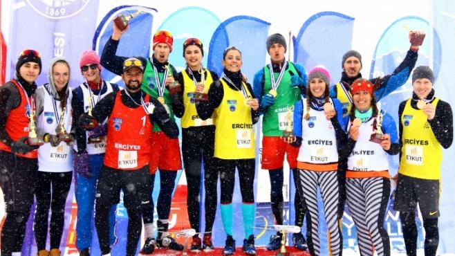 Русия с пълен комплект медали от Ерджиес