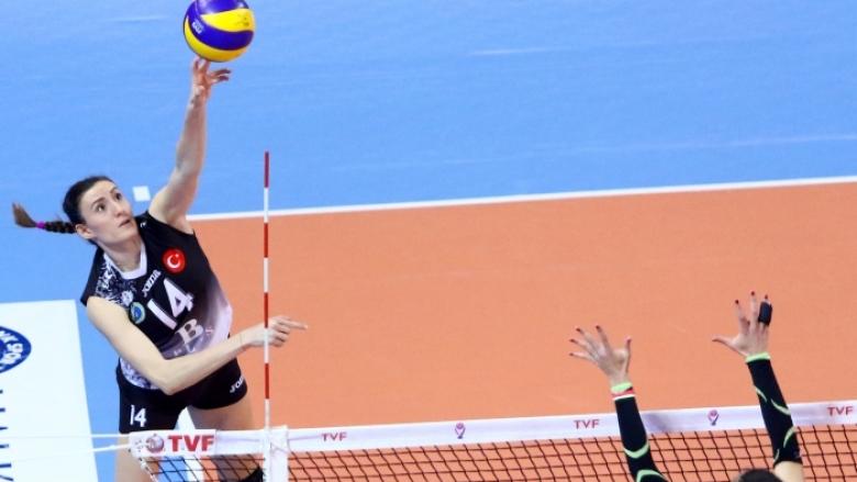 Еми Димитрова блести с 19 точки за успех №10 на Бурса