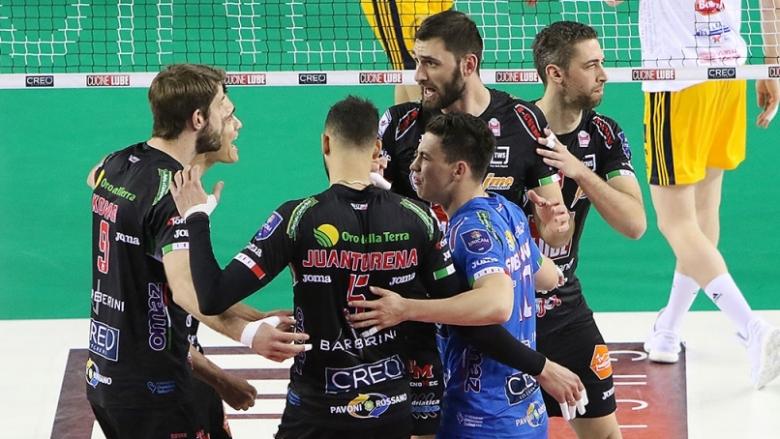 Гледай на живо с BGvolleyball.com Цветан Соколов и Лубе в полуфиналите на ШЛ