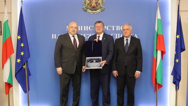 Обсъдиха домакинството на България за Евроволей 2021