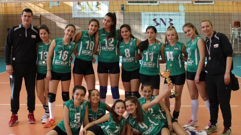 Волейболистките на Казанлък U13 втори на турнир в Сърбия