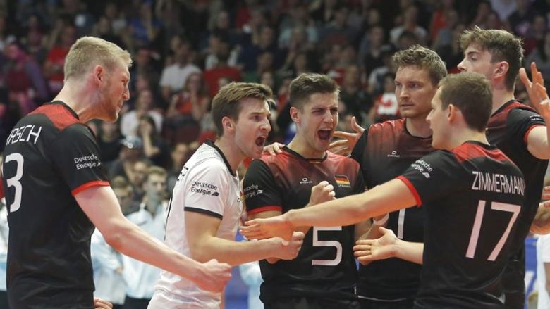 Германия прекъсна победната серия на Канада