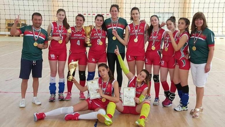 Видински математички - волейболни шампионки 8-10 клас