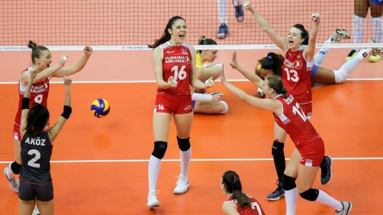 Турция на финал на Лигата на нациите