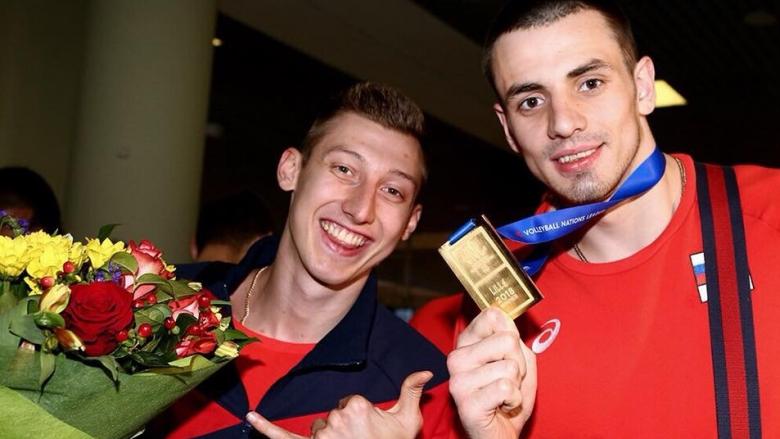 Шампионско посрещане за руските национали (снимки)