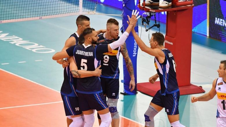 Италия без спирка, спечели дуела с Аржентина