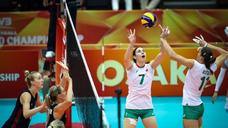 България отстъпи на световния шампион в три гейма