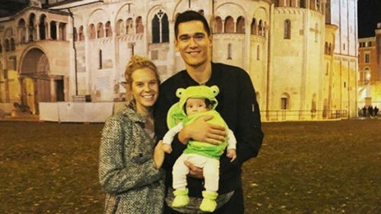 Американски национал показа новородения си син (снимки)