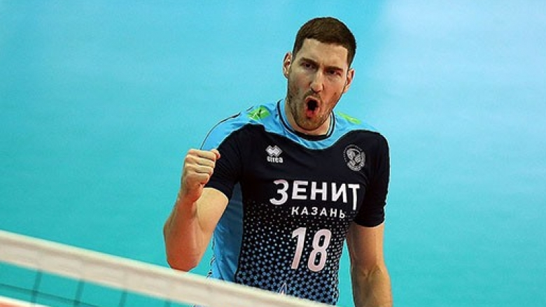 Руският шампион поставя нов рекорд