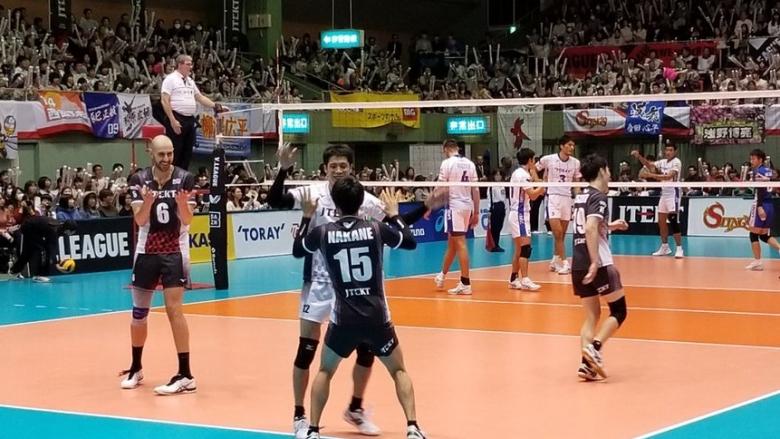Братоев и ДжейТЕКТ нанесоха второ поражение на бронзовия медалист в Япония