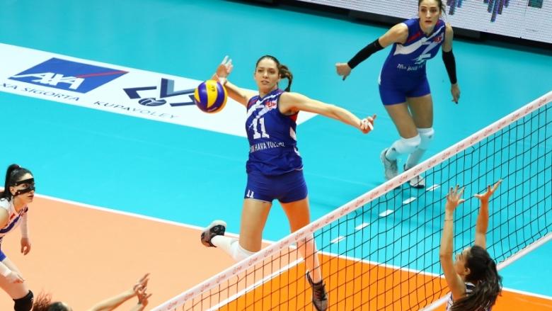 Христина Русева и THY на крачка от 1/4-финал за Купата на Турция